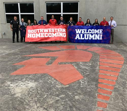 Alumni Invited to 'Trojan Tailgate Tent' at Homecoming